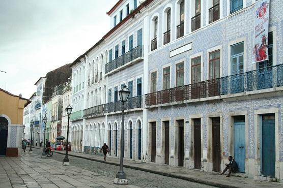 Rua de São Luís, no Maranhão, com seu casario histórico.